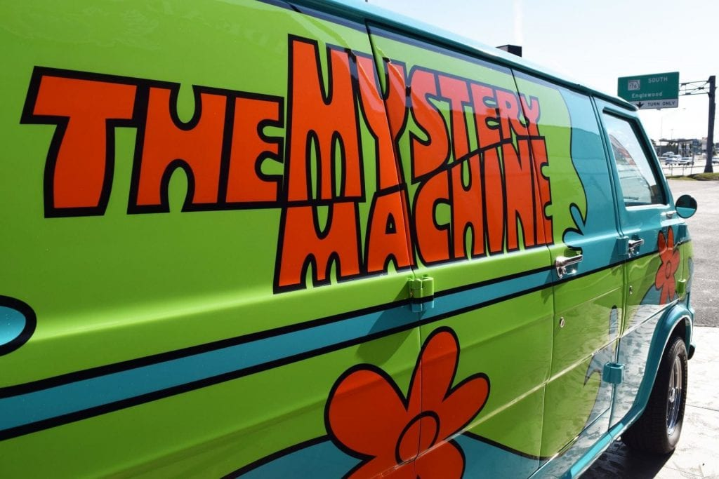 fff scooby doo mystery machine close up